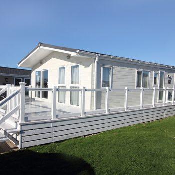CM21 Chewton Executive Lodge
