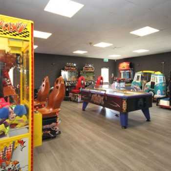 Hoburne Naish arcade games area